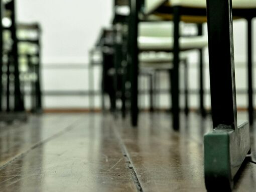 Banchi a rotelle 3.0 sfrecciano a velocità supersonica nelle scuole